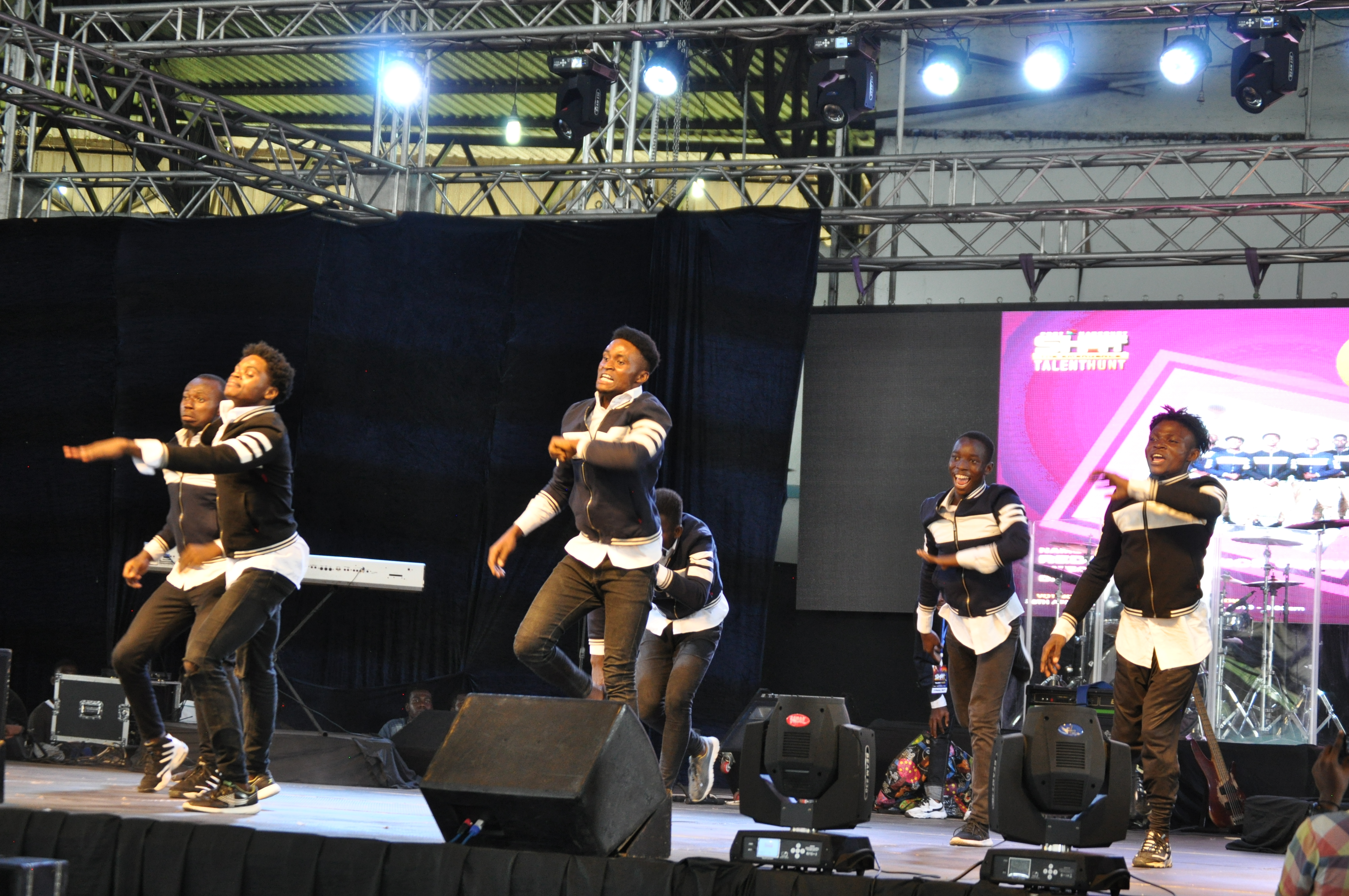 Redeemers dance crew perform on stage at SHIFT 2019